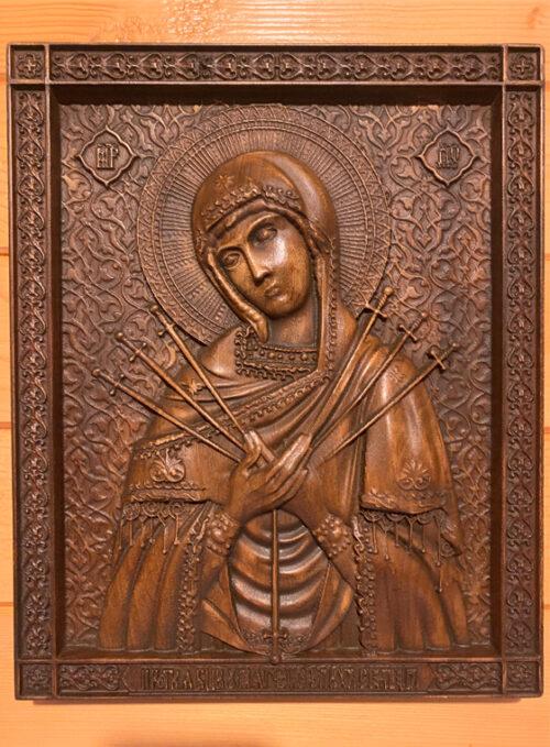 Семистрелна Богородица